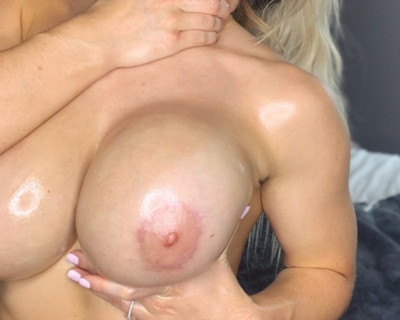 Thumbnail for AmberJ_'s Premium Video Mistress Amber gets Oiled up for you